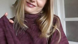 Cute blonde Czech girl gets banged for a chunk of money