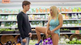 Olivia Austin seducesMarkus Dupree in sthe store